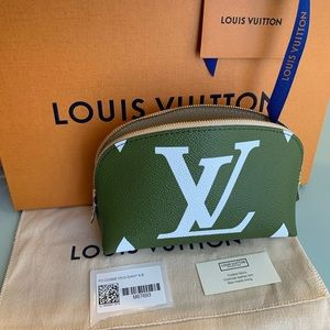 LV Giant Cosmetic Pouch NWT 2019 Limited Edition